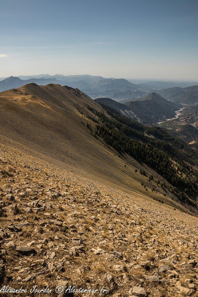 Les crêtes depuis le sommet du Blayeul (2189 m)