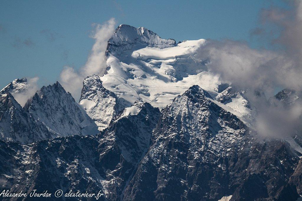La Barre des Écrins (4102 m) depuis le Mont Thabor (3178 m)